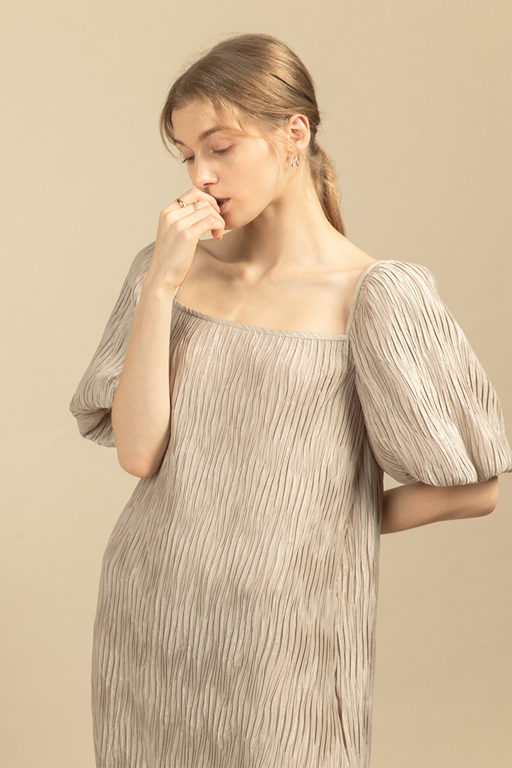 Volume Pleats Dress - Beige